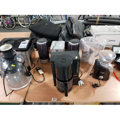 928 - Selection of electrical items including CD player, breadmaker , water filter etc....