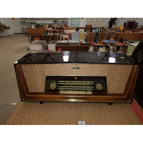 1 - Vintage Pye sterephonic radio...