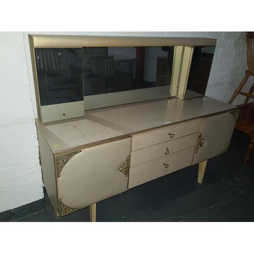 519 - Retro dressing table...