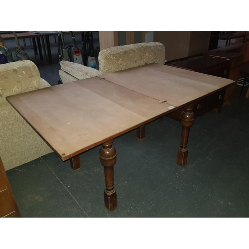 526 - Drop down dining table...