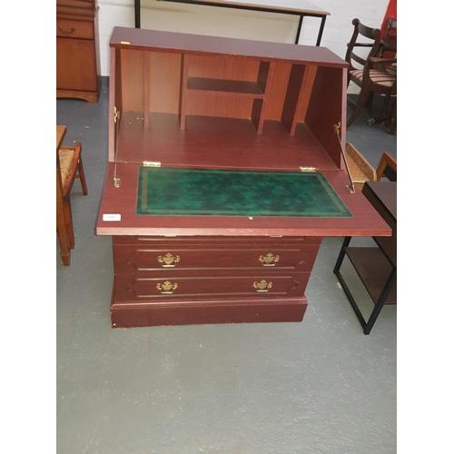 546 - Wooden bureau...