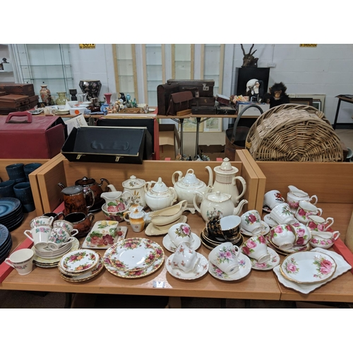 51 - Quantity of fine china including Royal Albert Old Country Roses etc....
