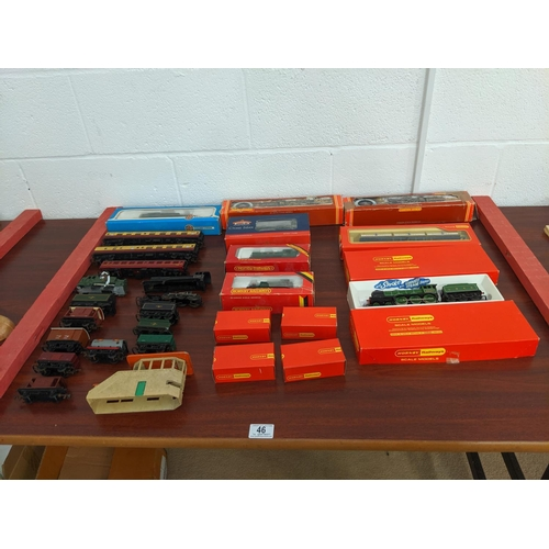 46 - OO gauge Hornby trains, carriages etc including Bachmann class 56XX train etc....