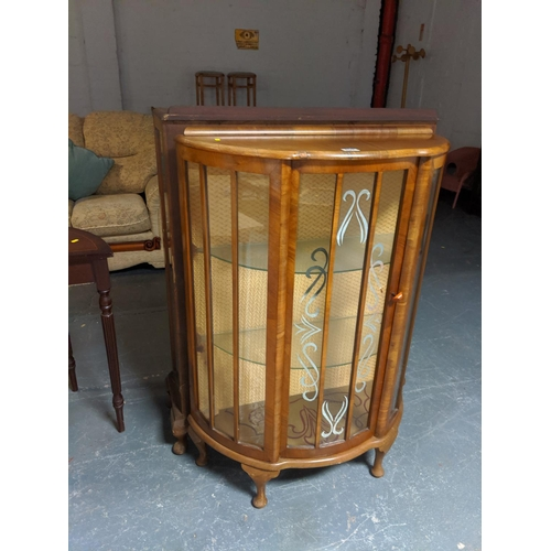 809 - A glass fronted display cabinet...