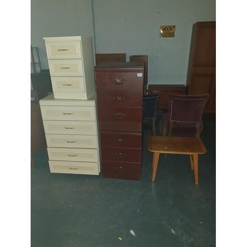 840 - Three bedside cabinets, a chest of drawers and a small table....