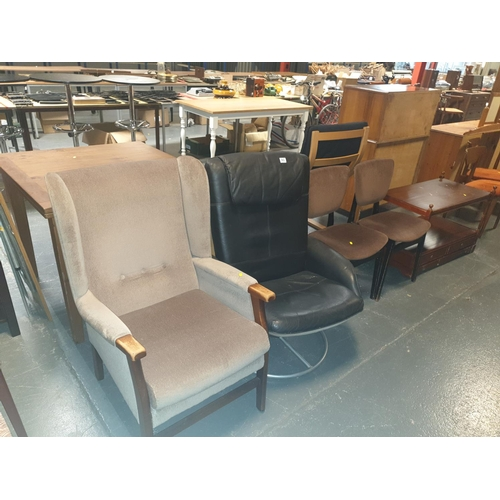 843 - An Ikea black swivel chair and two dining chairs etc....