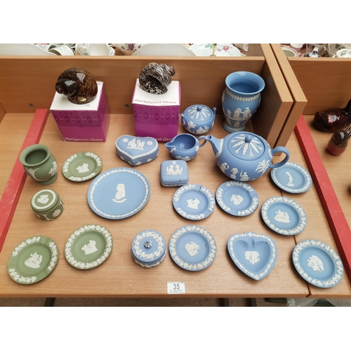 35 - A collection of Wedgwood fine china and glass etc...