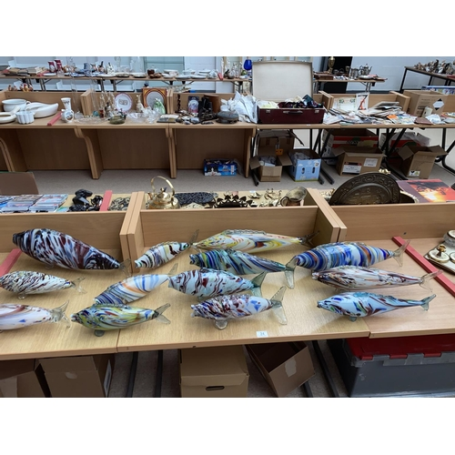 24 - A quantity of Murano glass fish- some large...