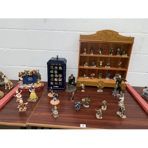 46 - Lord of The Rings display unit, The Danbury Mint Lord of The Rings figures, Disney figures, Dr Who e...