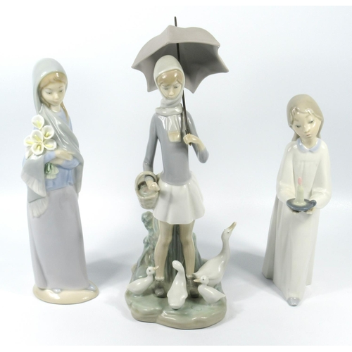 180 - LLADRO PORCELAIN GROUP OF A GIRL WITH PARASOL AND FOUR GEESE (H. 26 CM), GIRL WITH CALLA LILLIES (H....
