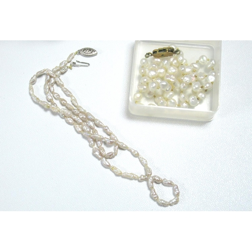 185 - SILVER JUBILEE PENDANT AND BRACELET, SILVER NECKLACES, SILVER FILIGREE AND WHITE METAL JEWELLERY, GR...