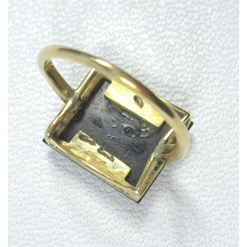 190 - YELLOW METAL EGYPTIANESOUE PENDANT, RING WITH DIAMOND SET GOTHIC INITIAL 'E' AND AN AMETHYST BAR BRO...