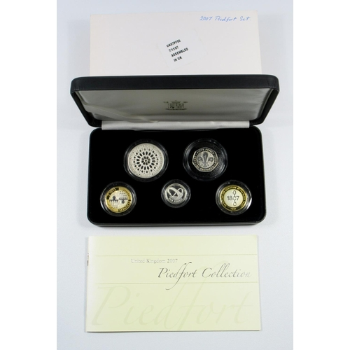33 - SILVER PIEDFORT PROOF SET OF ELIZABETH II COINS, £5 TO 5 PENCE, 2007, (5) WITH C OF A, CASED AND SLE...