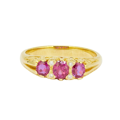 18 - RUBY AND DIAMOND RING RUBY AND DIAMOND RING, set with 3 rubies totalling approx. 1.10 ct. Accentuate...