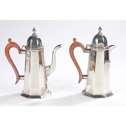4 - silver coffee and hot water pot Elizabeth II silver coffee pot and hot water jug, Sheffield 1959, ma...