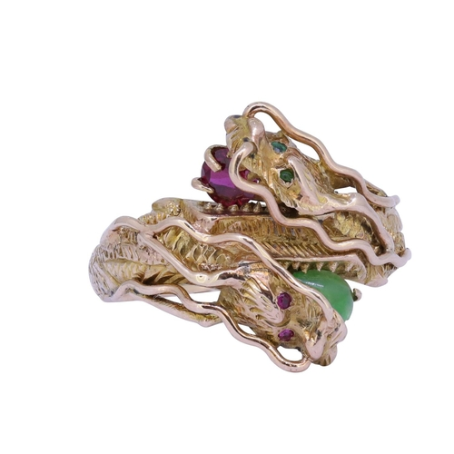 43 - RUBY AND JADE DOUBLE DRAGON RING RUBY AND JADE DOUBLE DRAGON TWIST RING, the dragond holding a ruby ...