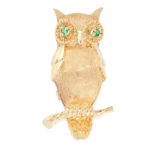 45 - A PRECIOUS YELLOW METAL OWL BROOCH A PRECIOUS YELLOW METAL OWL BROOCH, realistically modelled as an ...