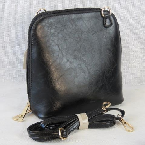 158 - Handbag. Black, shoulder strap, zip closure, two internal zip pockets. 22cm wide....