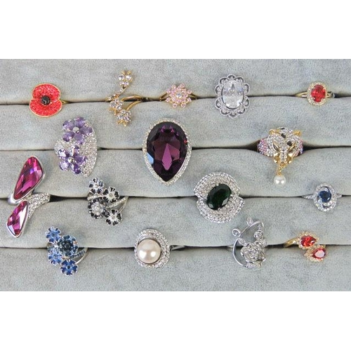 352 - Costume Jewellery. Sixteen rings of various colours, styles and sizes....