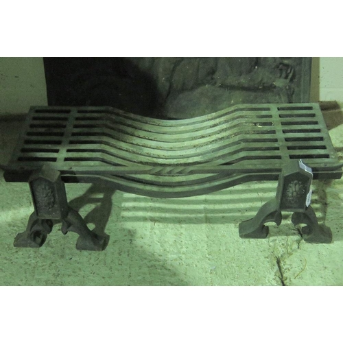 1150 - An impressive cast iron fire grate 87 x 34 together with a pair of fire dogs....