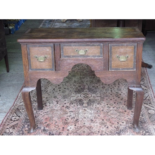 1161 - An 19th century lowboy-type dresser base single central drawer flanked by twin box drawers; 99cm wid...