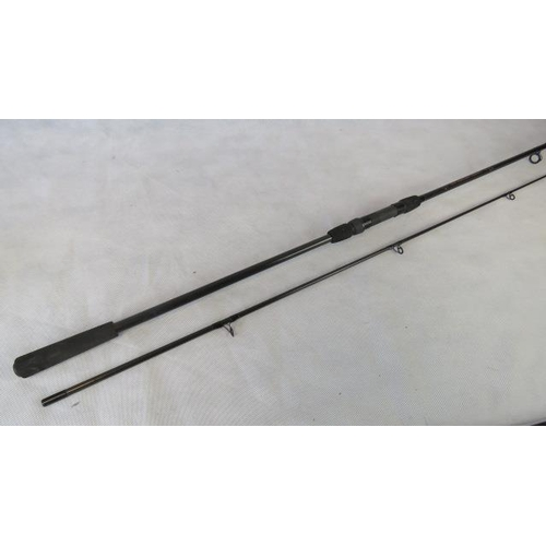 142 - A Bob Church 2-piece 11 foot 1 3/4 test curve Specimen Carp rod.  From the personal collection of Bo...