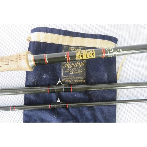 194 - A 16' Hardy Graphite three piece Salmon Fly rod....