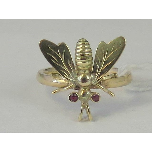 236 - A 9ct gold ring with attached vintage fly pendant, ruby eyes, shank hallmarked 375, size L, 3.08g...