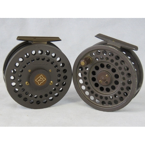 154 - Two Hardy Viscount MKIII 7/8 fly reels, 92mm diameter...