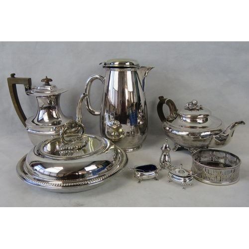 630 - A collection plated wares: tea pot; coffee pot; salts; hot water pot; lidded serving dish....