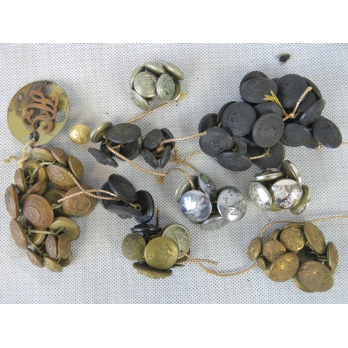 701 - A quantity of vintage military and police buttons....