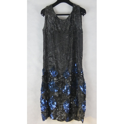 863 - A 1930s flapper style sequinned dress....