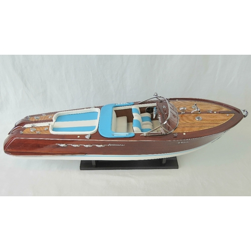 8 - A finely detailed handmade contemporary 1/10th scale static model; Riva Aquarama motor launch bearin...