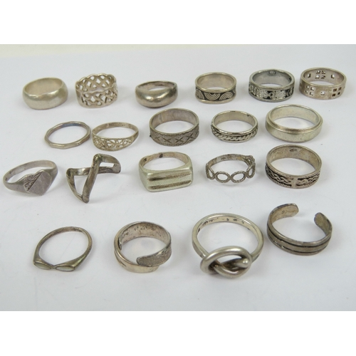 132 - Twenty-one assorted silver rings including 925 silver band with Roman numeral design upon, hallmarke...