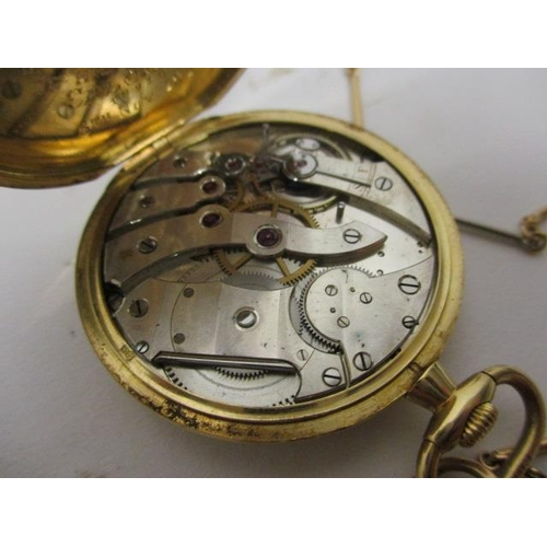 31 - An early 20th century 18ct gold cased pocket watch, having a champagne dial, subsidiary seconds dial...