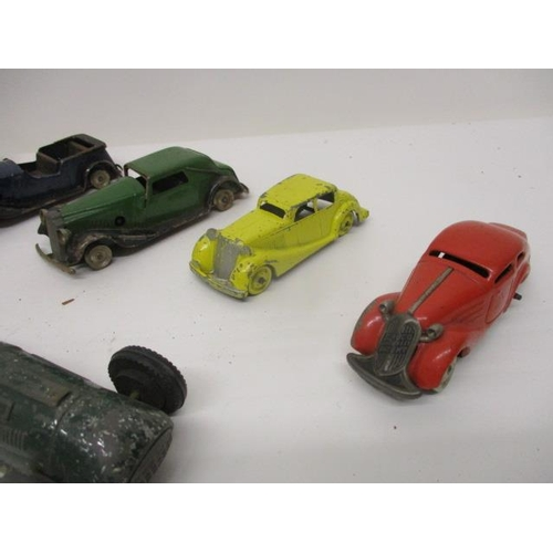 33 - Diecast and tinplate, push a long and mechanical vehicles to include Tri-ang Minic Toys, Timpo Toys,...