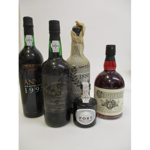 19 - Four bottles of mixed Port to include Tanners and late bottled 1982, along with a bottle of Chilton ...