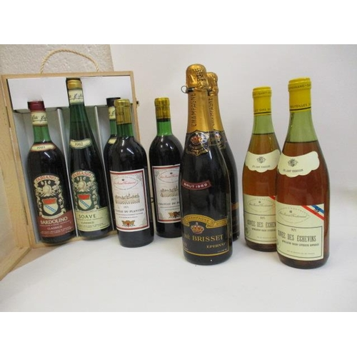 40 - Nine mixed bottles to include Bardolino...