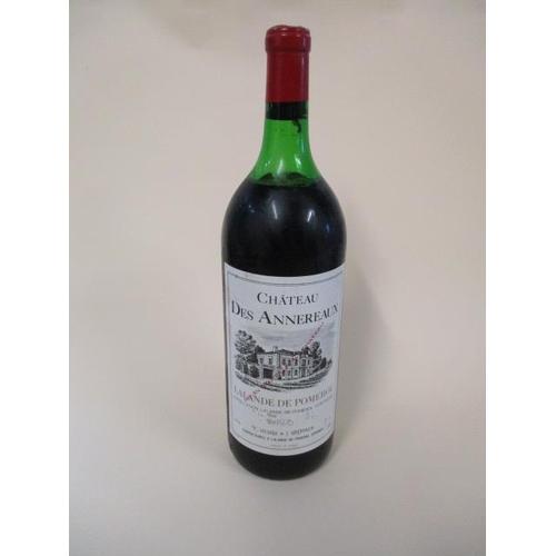 120 - A bottle of Chateau Des Annereaux Lalanne De Pomerol 1976, 1 lt...