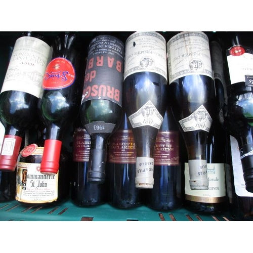128 - Seventeen mixed bottles to include Chablis and Dessert wine...