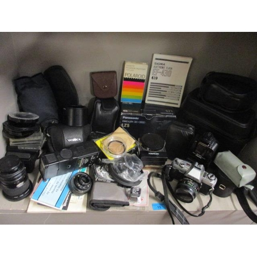 15 - Mixed cameras. lenses and accessories...