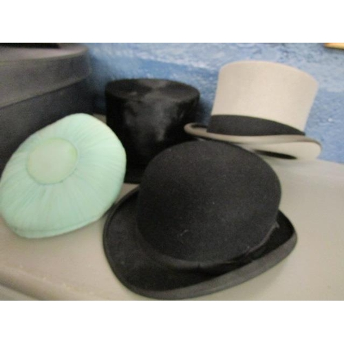 1 - A C A Dunn top hat and a bowler hat, a Locke & Co grey top hat, a Selfridges grey top hat in hat box...