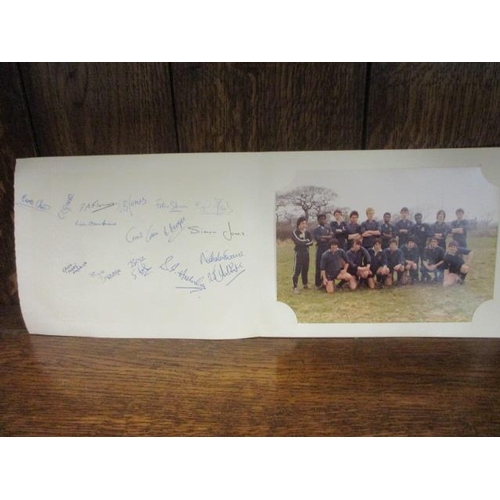 20 - An autographed Preston Grasshoppers RFC photo mount, together with a photograph of the team, a Nina ...