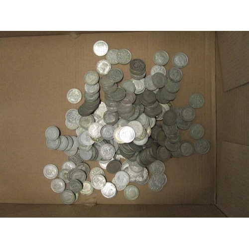 18 - A collection of pre 1947 Shilling and two Shilling coins, approximately 3778.8g...