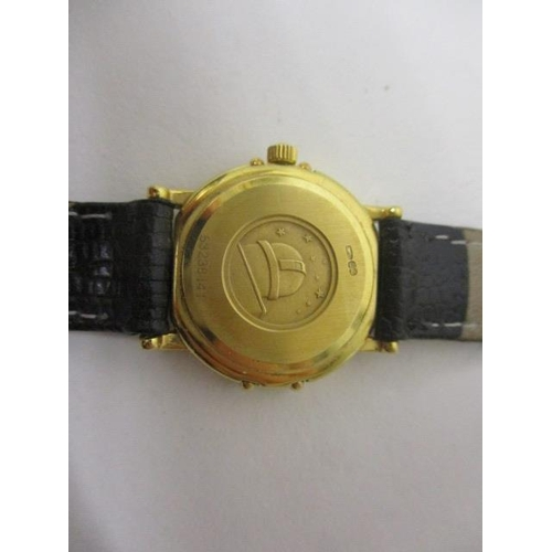 28 - An Omega constellation ladies quartz, 18ct gold 1990s wristwatch. The 6 jewel calibre 1455 movement ...