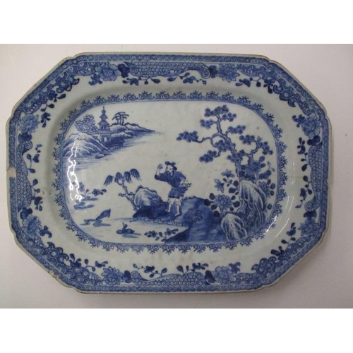 18 - A late 18th century Chinese blue and white rectangular meat plate with canted corners, decorated wit...