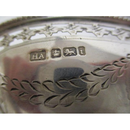 10 - A set of four late Victorian silver George III design oval salts by Alkin Bros Sheffield 1901, on a ...