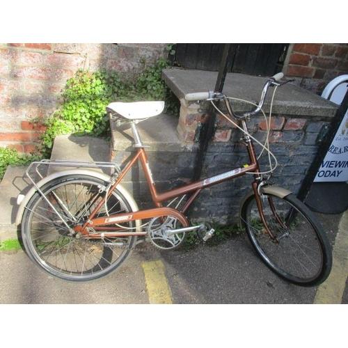 24 - A ladies Raleigh bike...