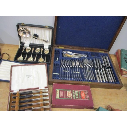 35 - Mixed silver plated cutlery to include an early 20th century canteen of cutlery in an oak case...
