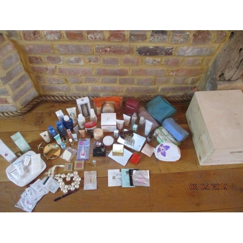 42 - A quantity of unused beauty products to include Elemis, Clarins and Ren, together with fragrances to...
